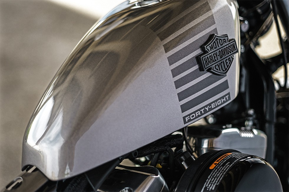 Harley Davidson Forty Eight Silver