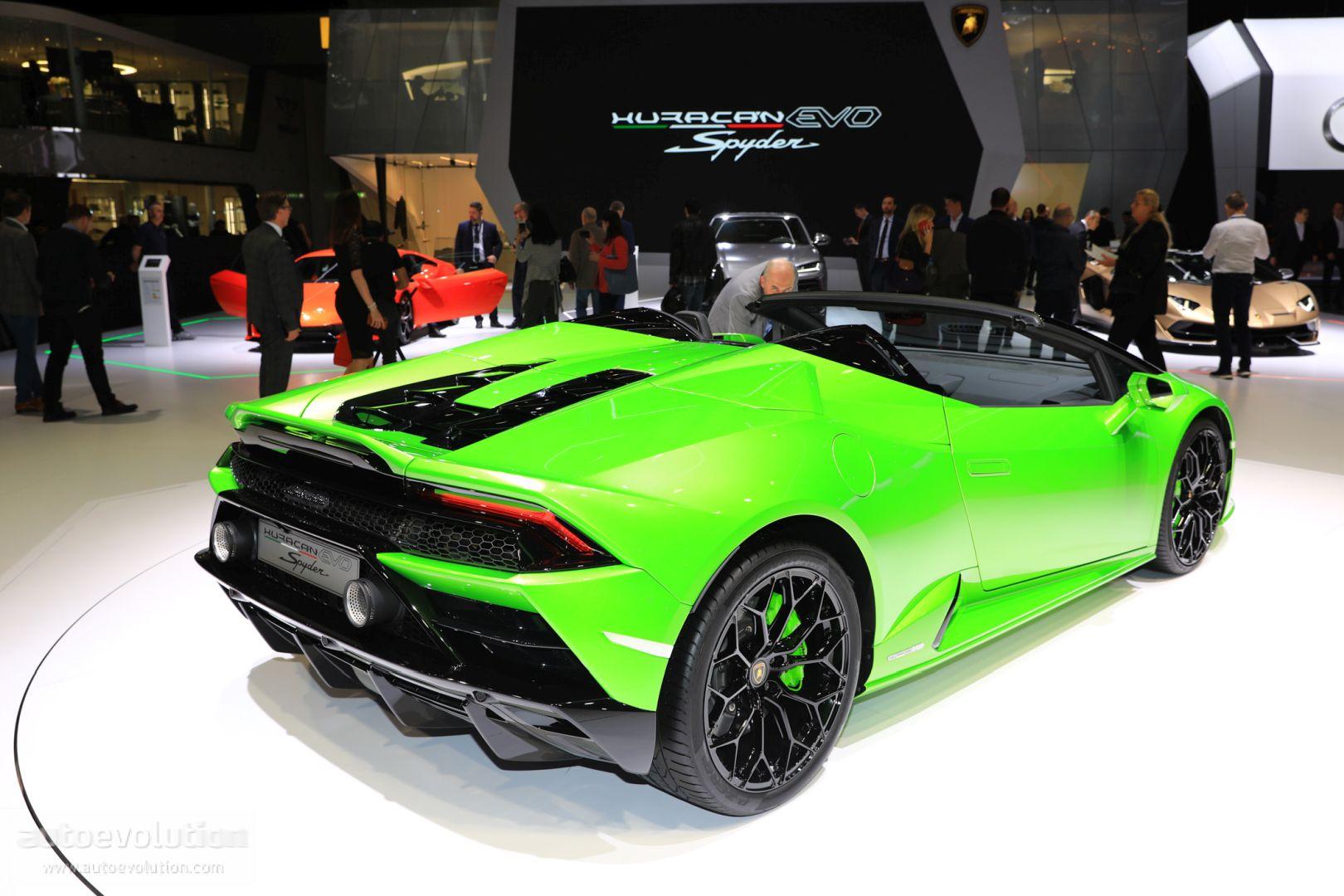Lamborghini Huracan Evo Spyder Shows Up In German Traffic