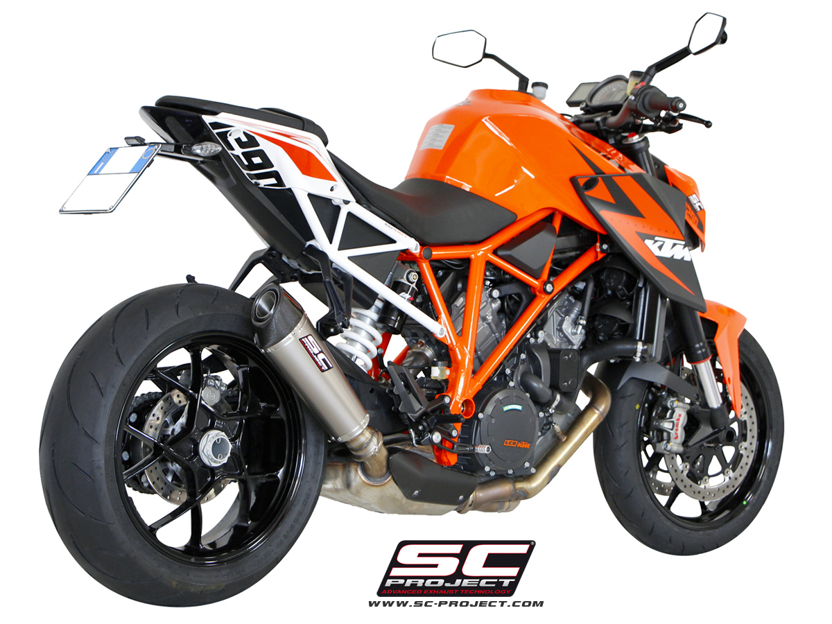 hear the ktm 1290 super duke r with an sc project titanium exhaust autoevolution. Black Bedroom Furniture Sets. Home Design Ideas