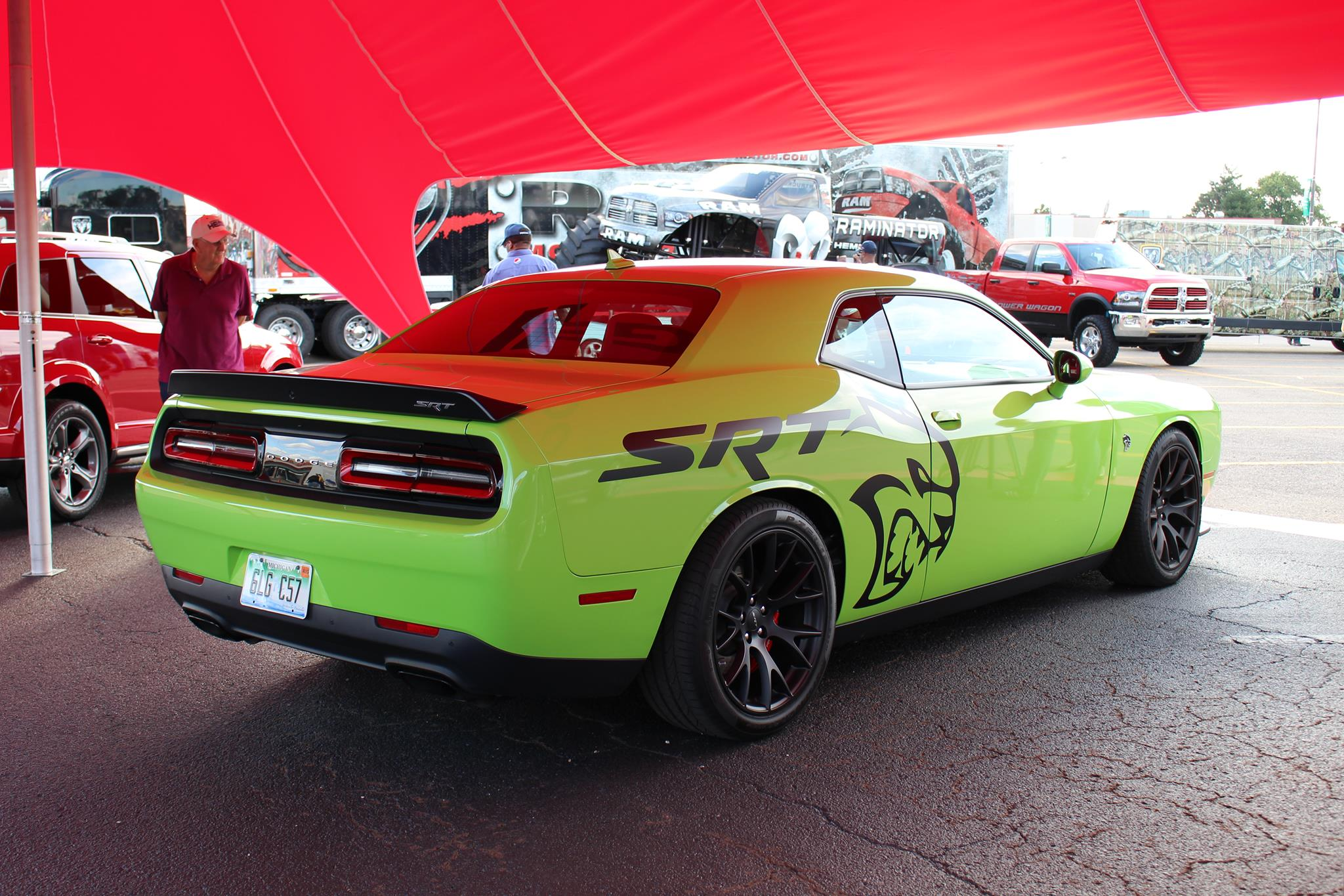 Hellcat Decals For The Dodge Challenger Spark A Debate