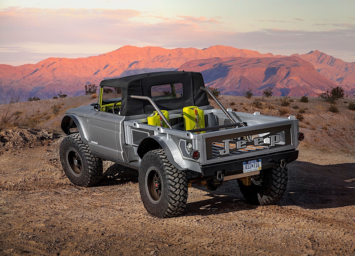 "Hellcat V8 ""Fits Like A Glove"" In the Jeep Wrangler, Gladiator - autoevolution"