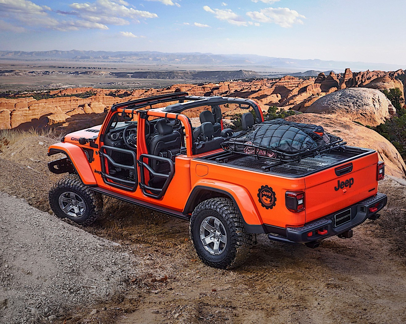 Hellcat V8 Fits Like A Glove In The Jeep Wrangler
