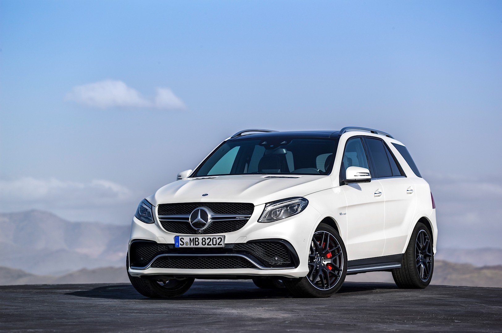 Hello 2016 mercedes benz gle class goodbye mercedes ml for The newest mercedes benz