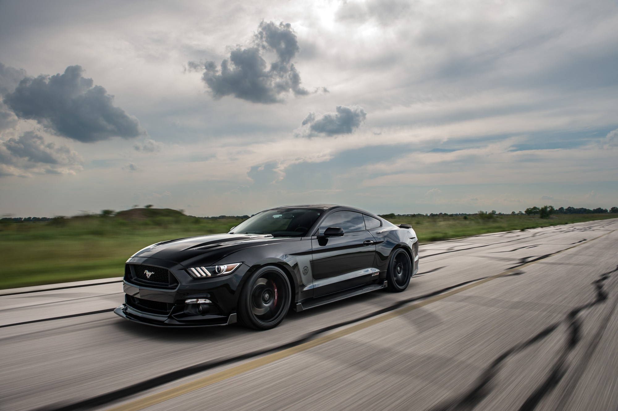 Hennessey 25th Anniversary Edition HPE800 Ford Mustang is ... Mustang