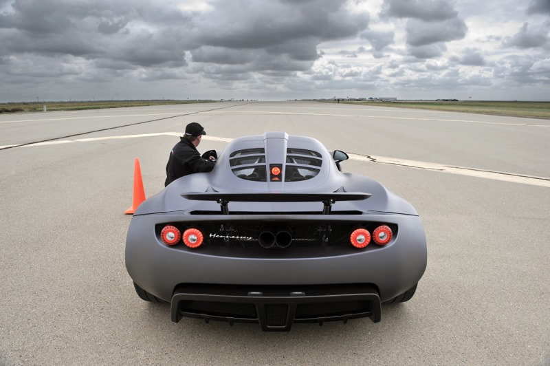 hennessey sets new speed record, claims venom gt faster than