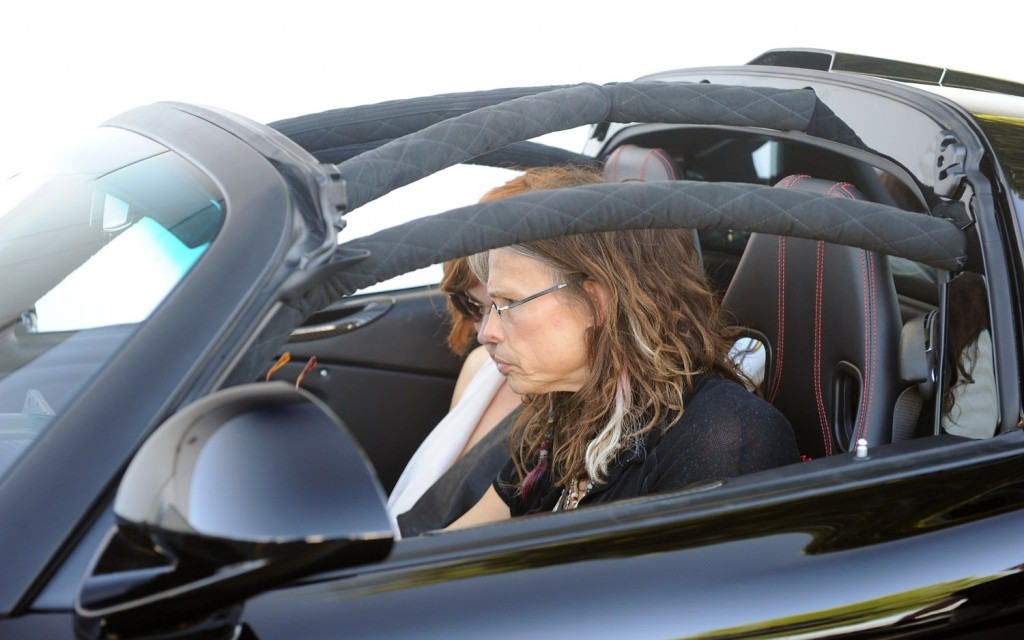 Hennessey Venom GT Spider Delivery to Steven Tyler - autoevolution
