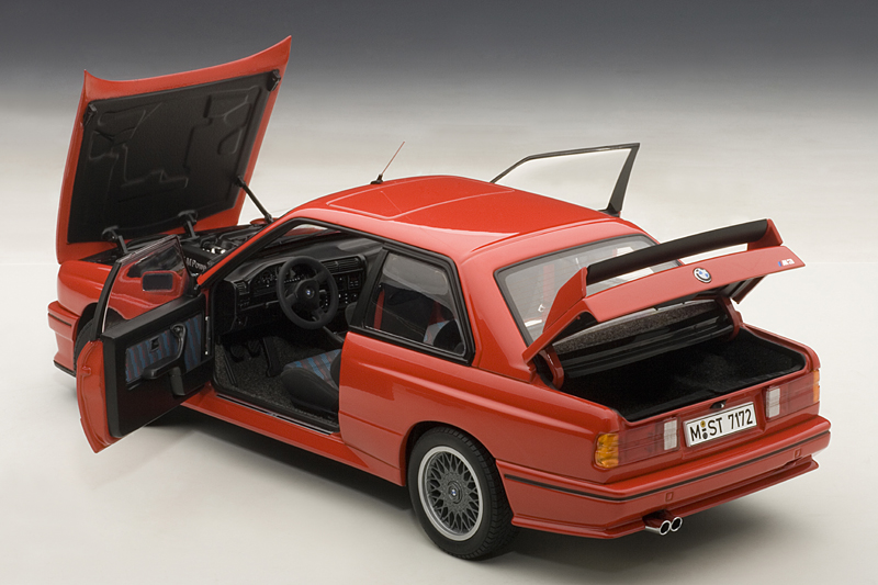 Heres a BMW E30 M3 That Anyone Can Afford  autoevolution