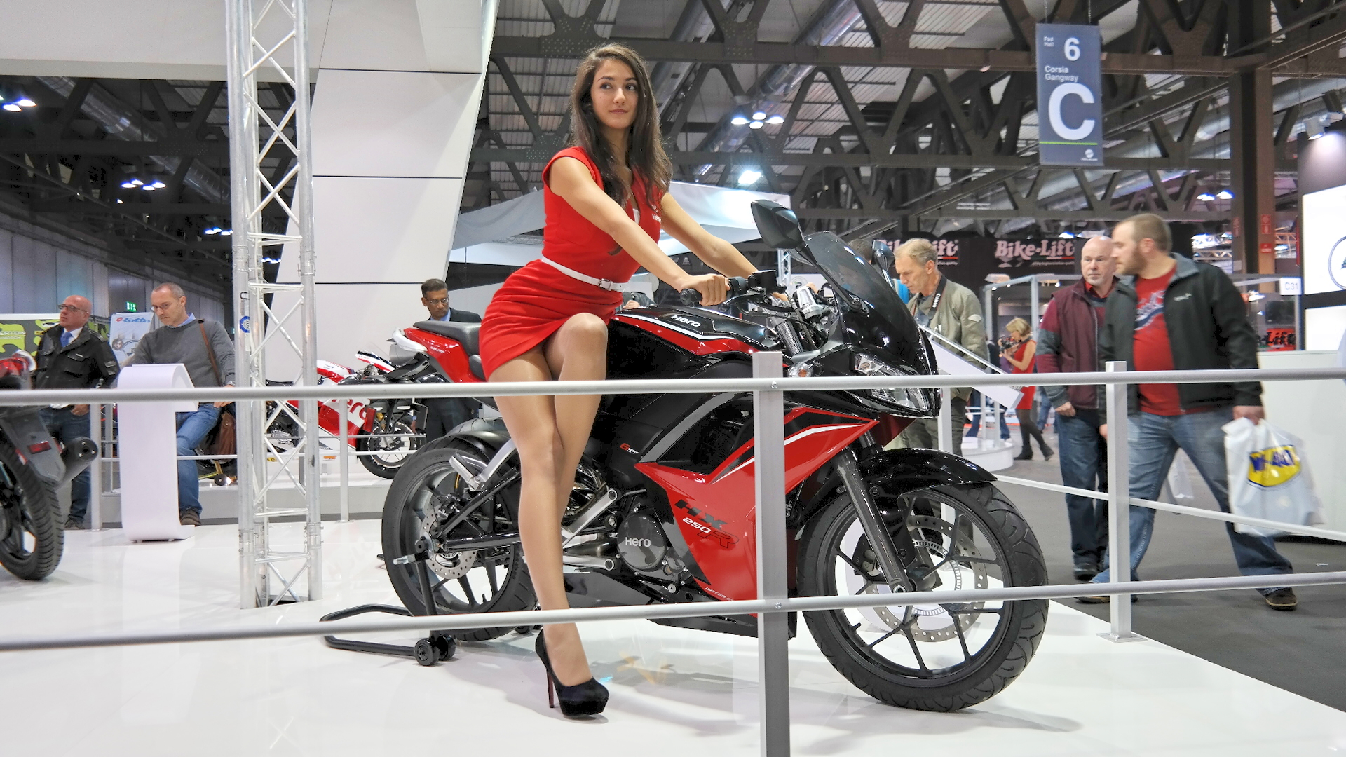 Hero Wants a Piece of the European Market with Its HX250R ...