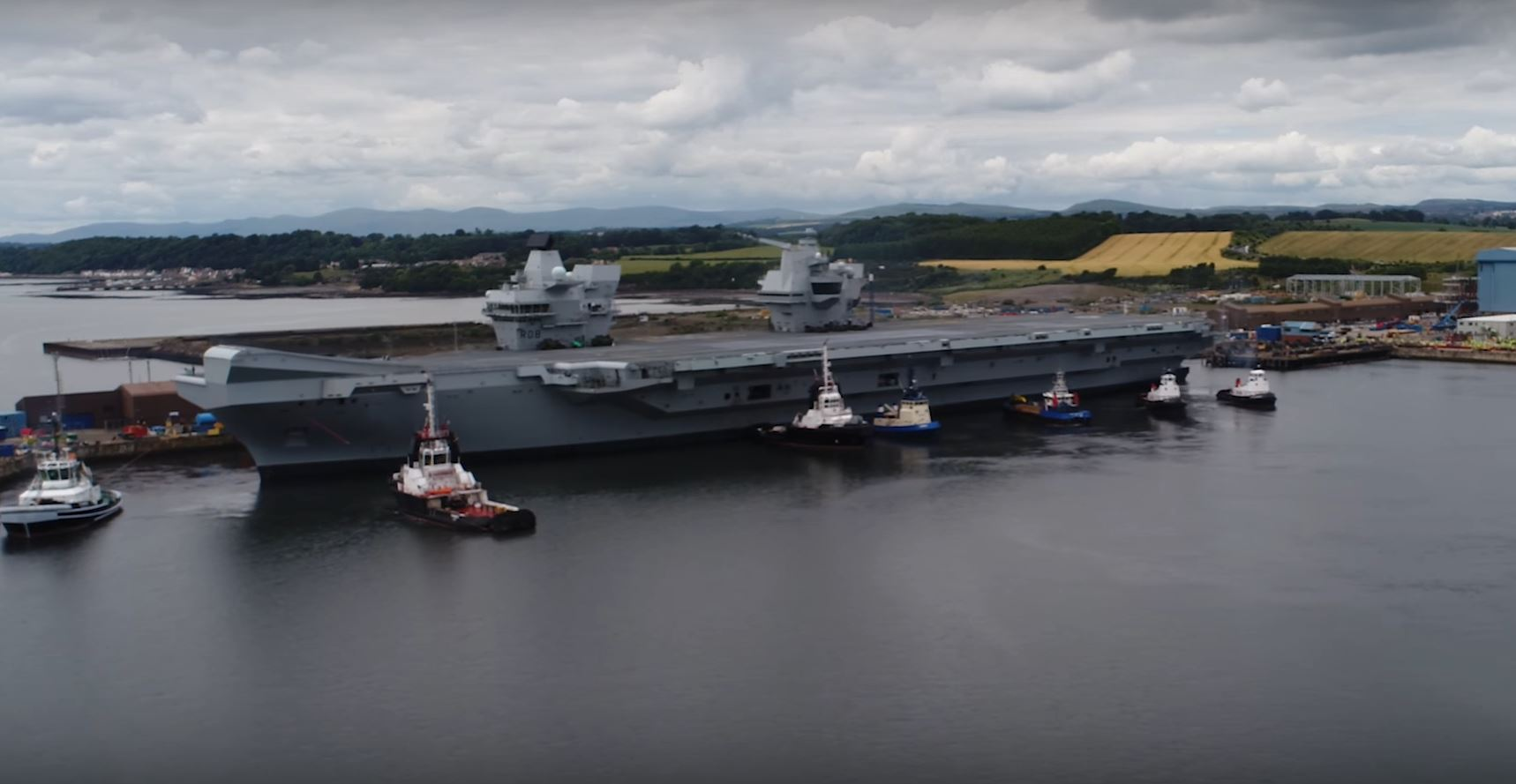 Hms Queen Elizabeth Is Britain S New Carrier Will Host F