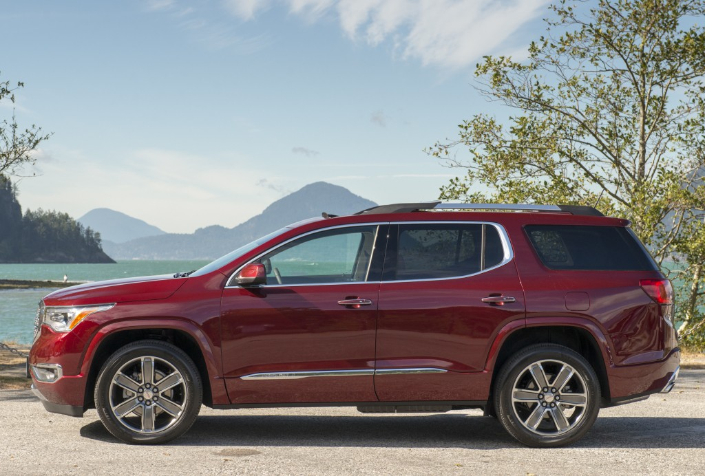 Holden Acadia Revealed Goes On Sale In 2018 Autoevolution