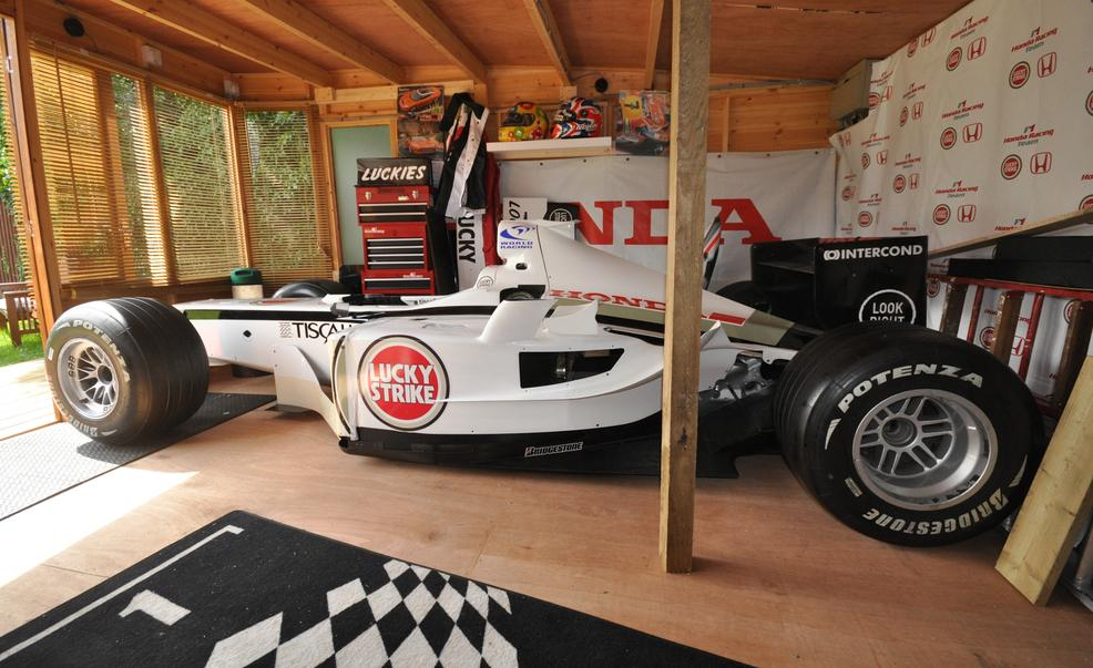 homemade formula one replica is neat autoevolution. Black Bedroom Furniture Sets. Home Design Ideas
