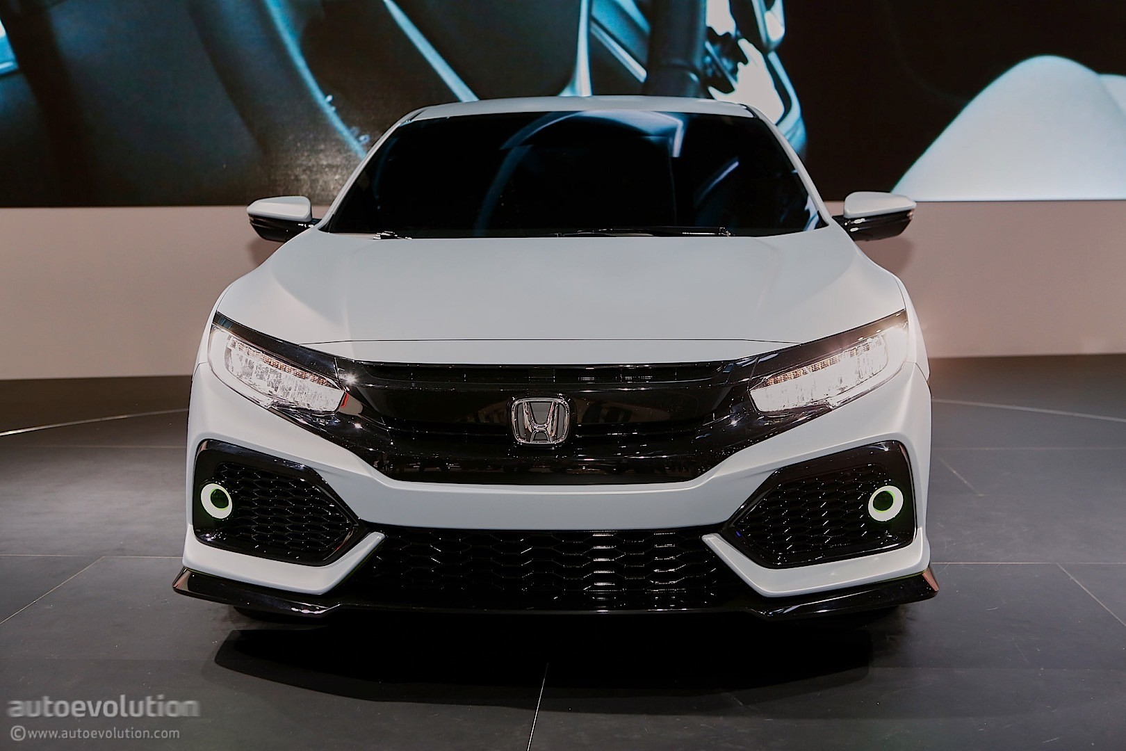 Honda Civic Hatchback Coming to New York, Civic Si and New Type R in 2017 - autoevolution