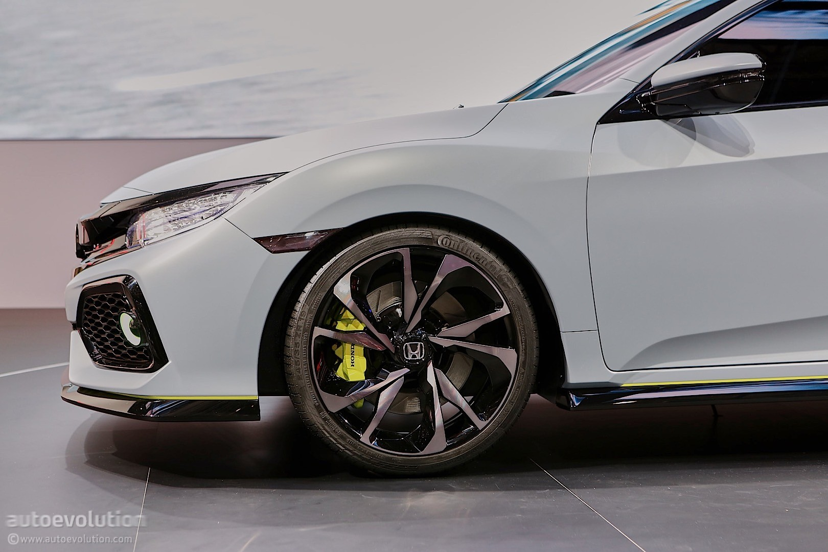 All Type Of Ferrari >> Honda Civic Hatchback Coming to New York, Civic Si and New Type R in 2017 - autoevolution