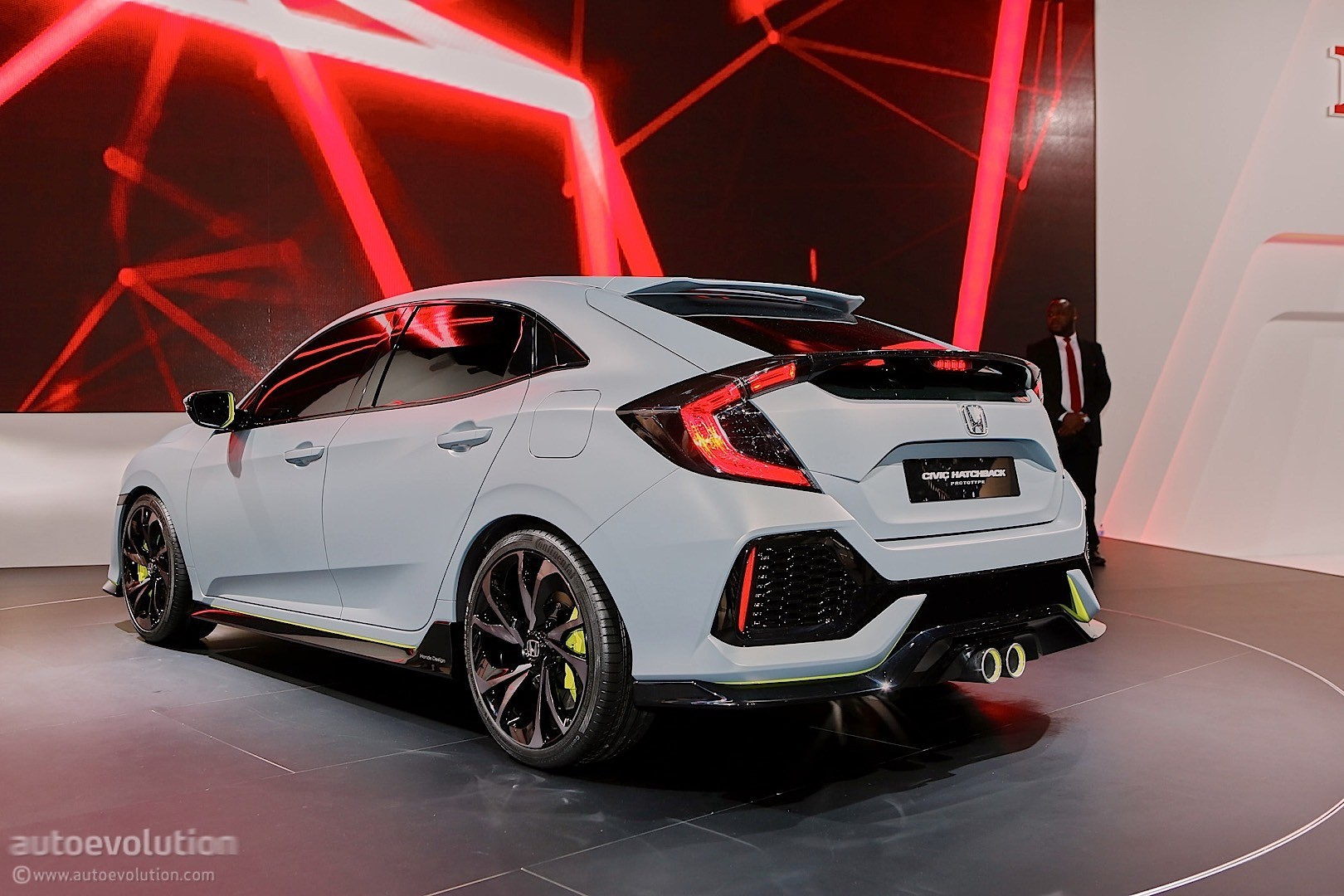 Honda Civic Hatchback Coming to New York, Civic Si and New Type R in ...