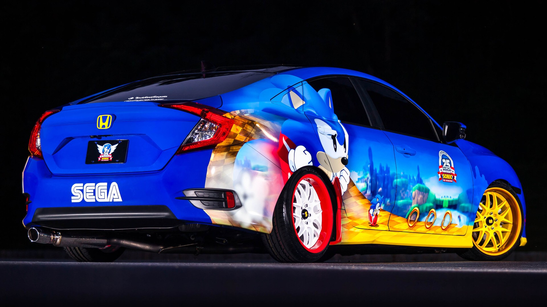 Sonic The Hedgehog Gets Unique Honda Civic As 25th