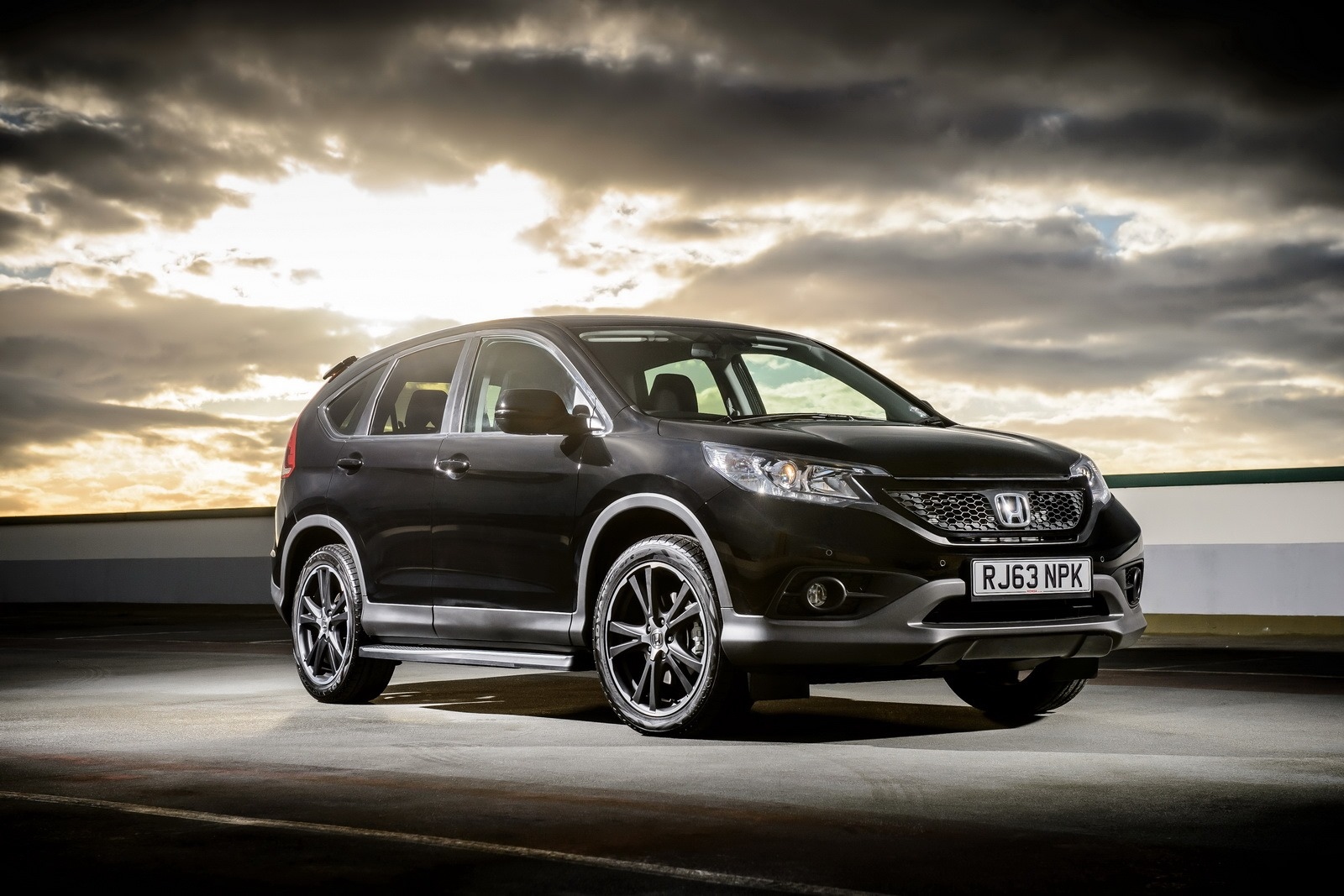 """Buy Used Honda Accord Honda CR-V """"Black Edition"""" and """"White Edition"""" Launched in ..."""