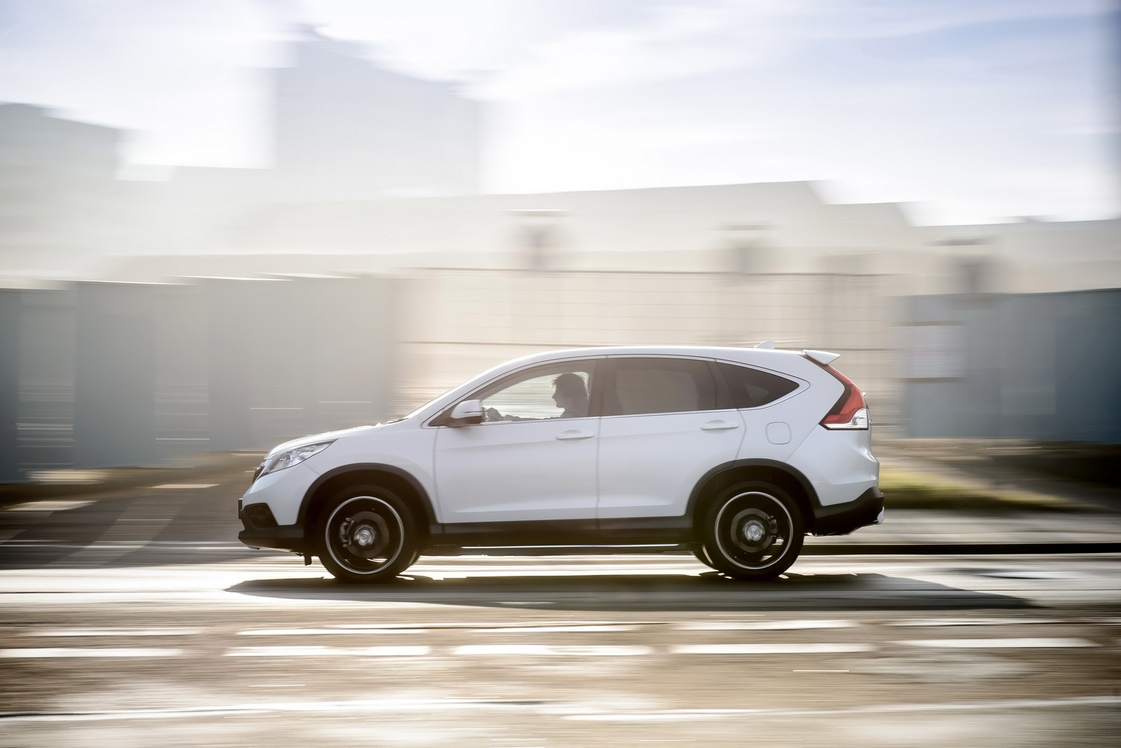 Honda CRV Black Edition and White Edition Launched in the UK