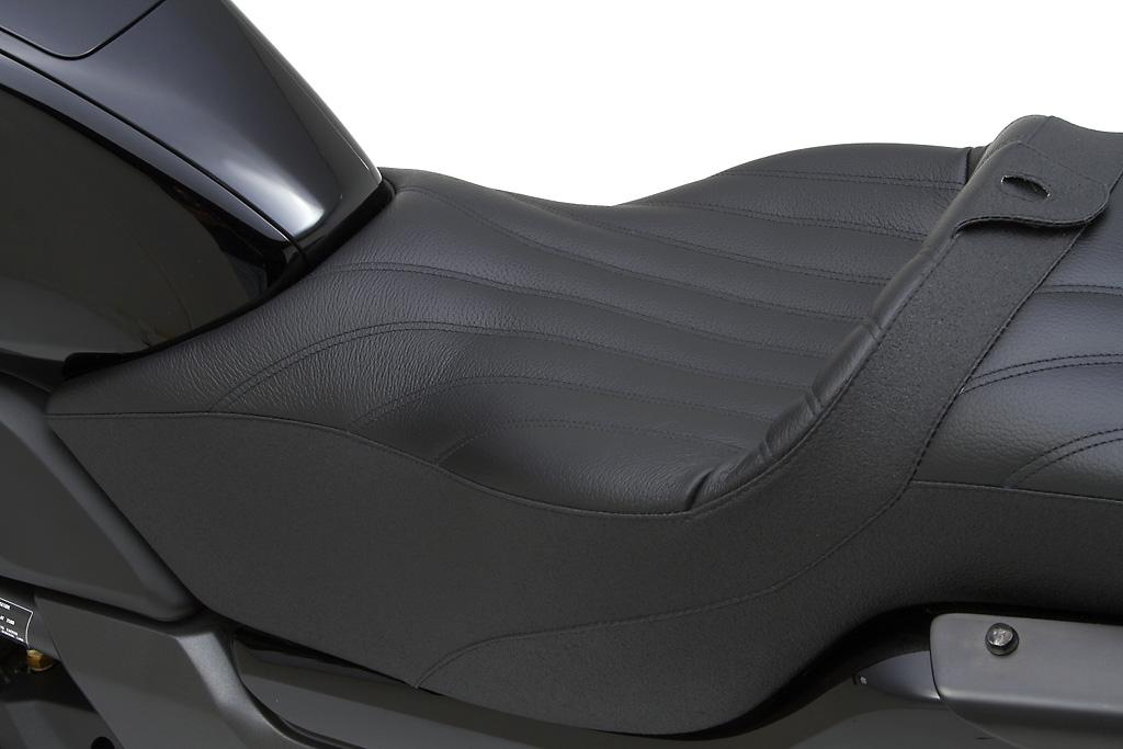 Honda Ctx 700 And 700n Get Corbin Saddles Autoevolution