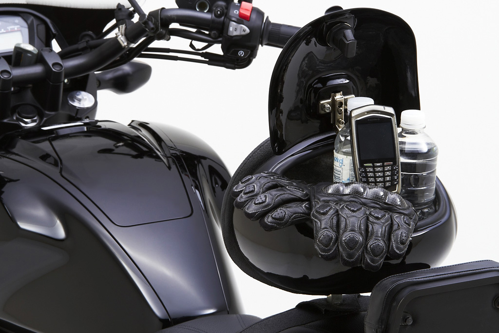 Honda Ctx 700 >> Honda CTX 700 and 700N Get Corbin Saddles - autoevolution