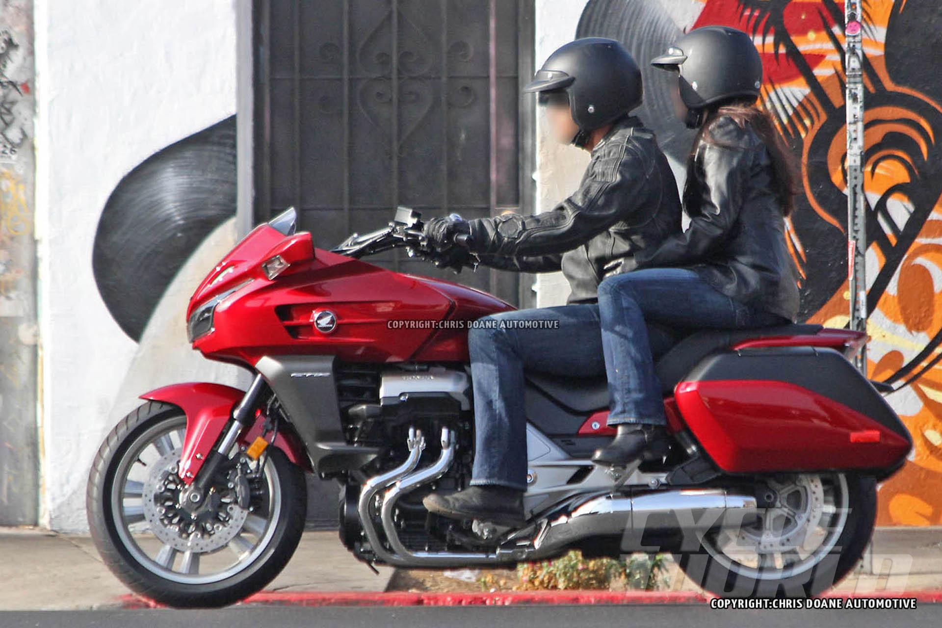 Honda Pioneer Reviews >> Honda CTX1300 Spied, Shows Massive F6B DNA - autoevolution