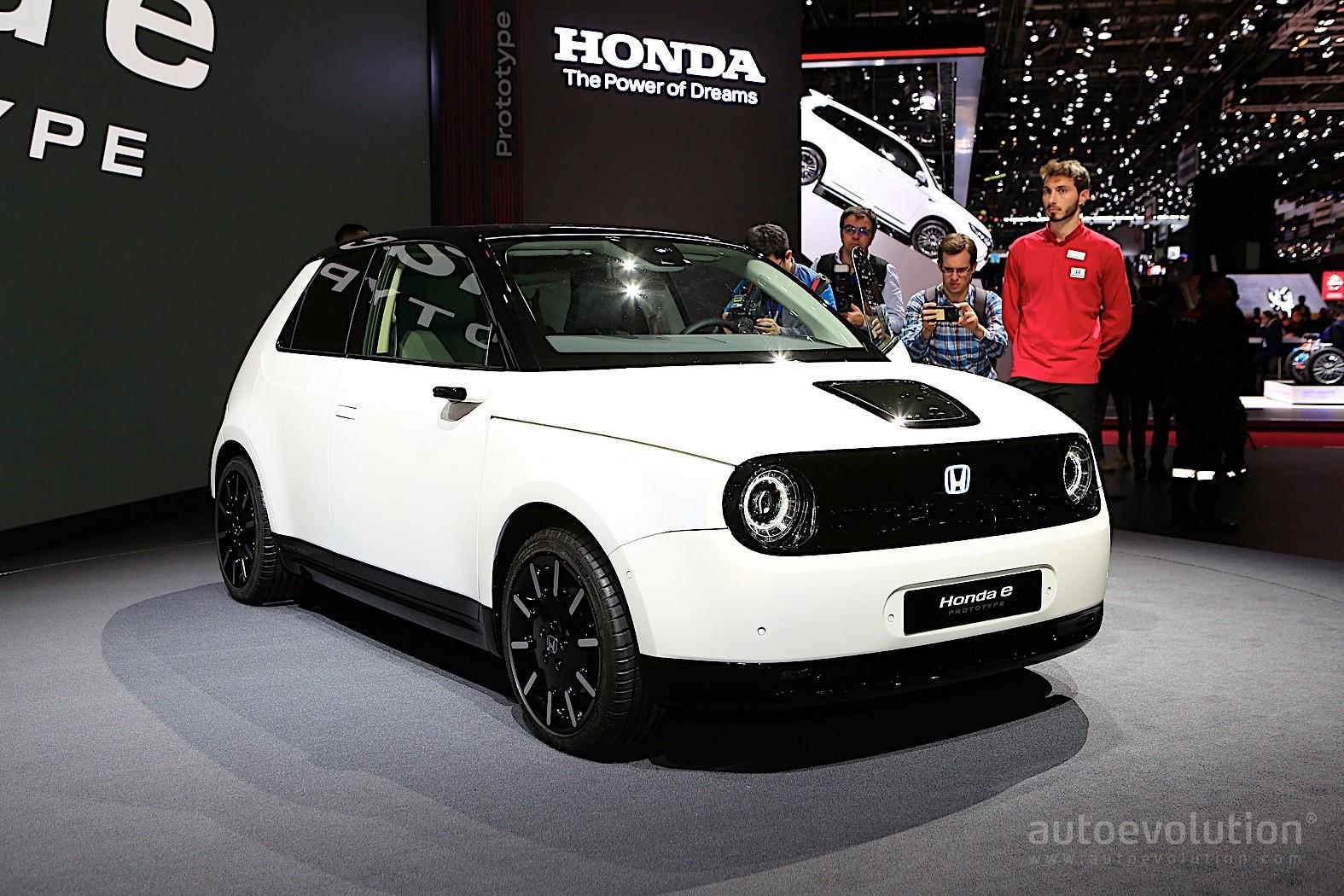 Honda E Prototype Shows Funky Interior in Geneva - autoevolution