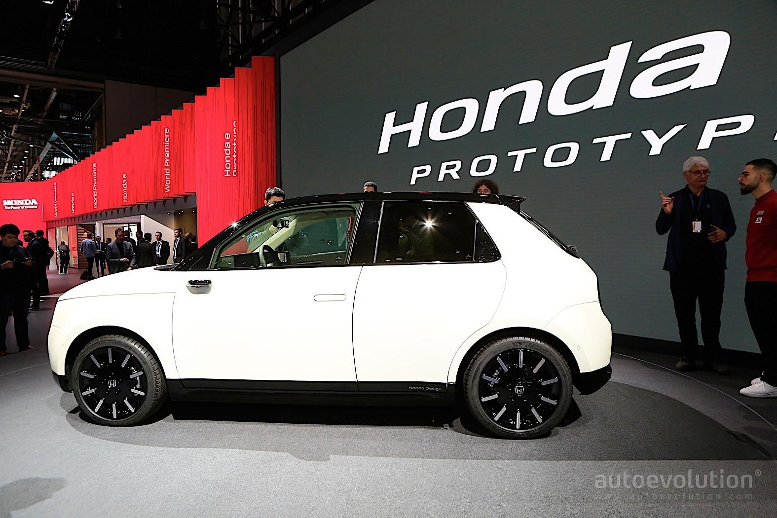 Honda E Prototype Shows Funky Interior In Geneva