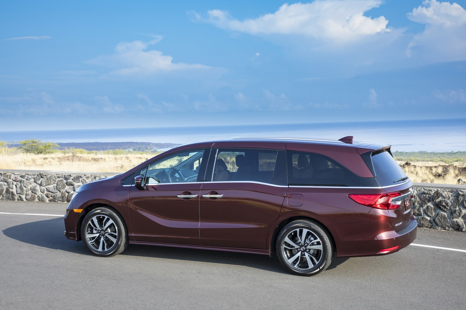 honda odyssey expected to get the hybrid treatment autoevolution. Black Bedroom Furniture Sets. Home Design Ideas