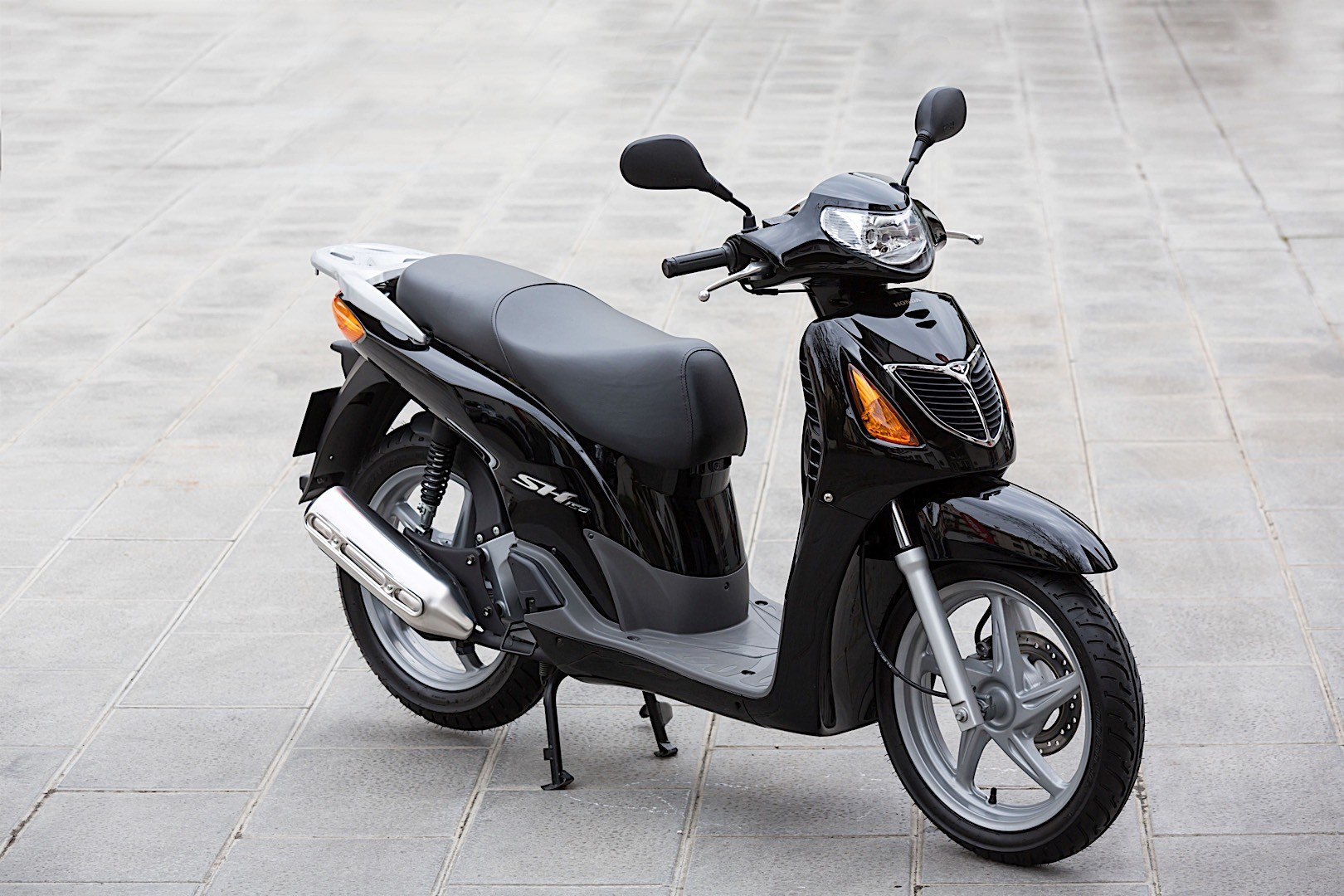 Honda Reaches 1 Million Scooters Made In Italy