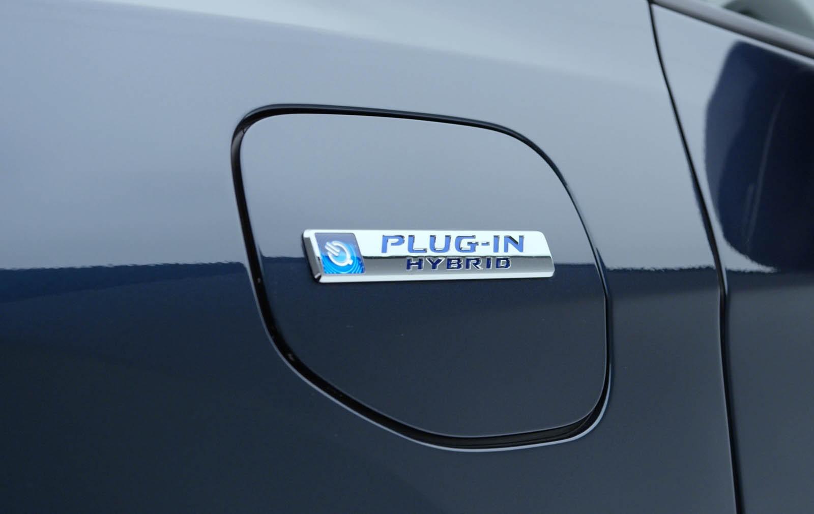 Honda Reveals Clarity Phev And Ev In New York on 4 Door Honda Hybrid
