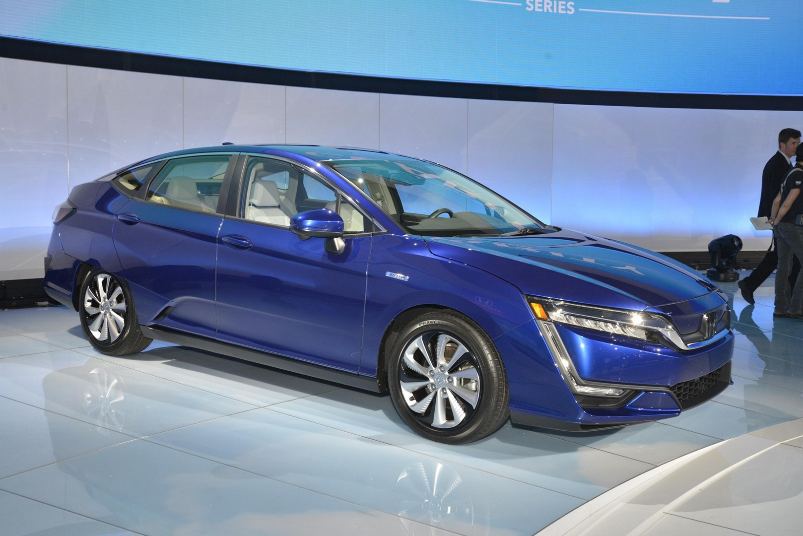Honda Reveals Clarity PHEV and EV in New York - autoevolution