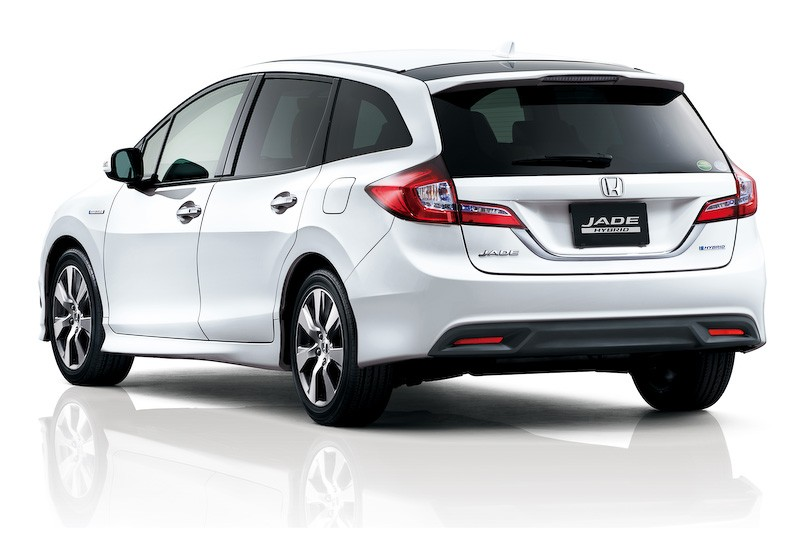 Honda Reveals New Jade Hybrid 6 Seater In Japan
