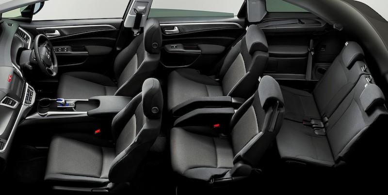 Honda Reveals New Jade Hybrid 6-Seater in Japan ...