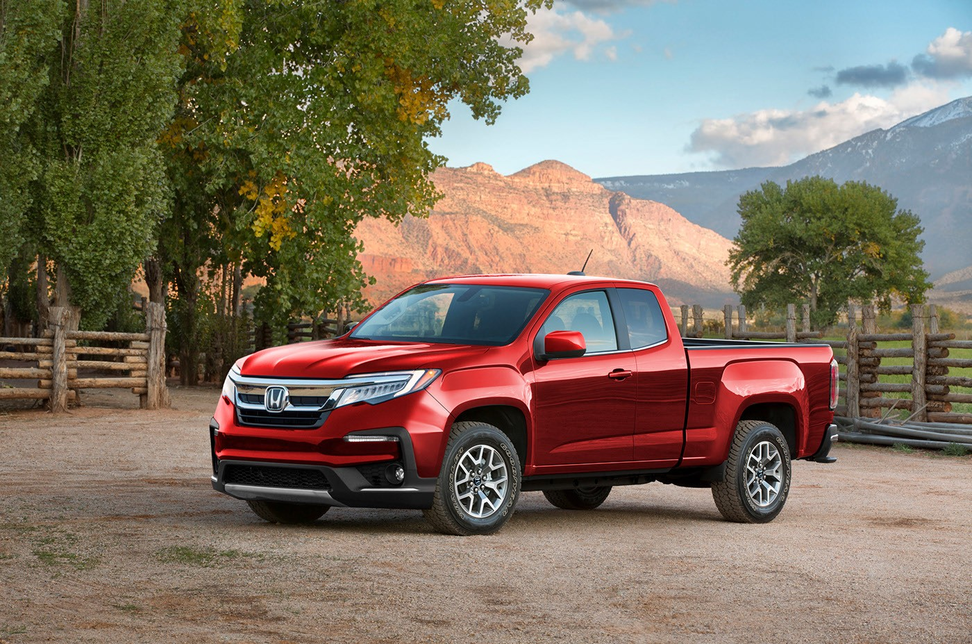 Honda Ridgeline Reimagined With Body-On-Frame Chassis of the GMC