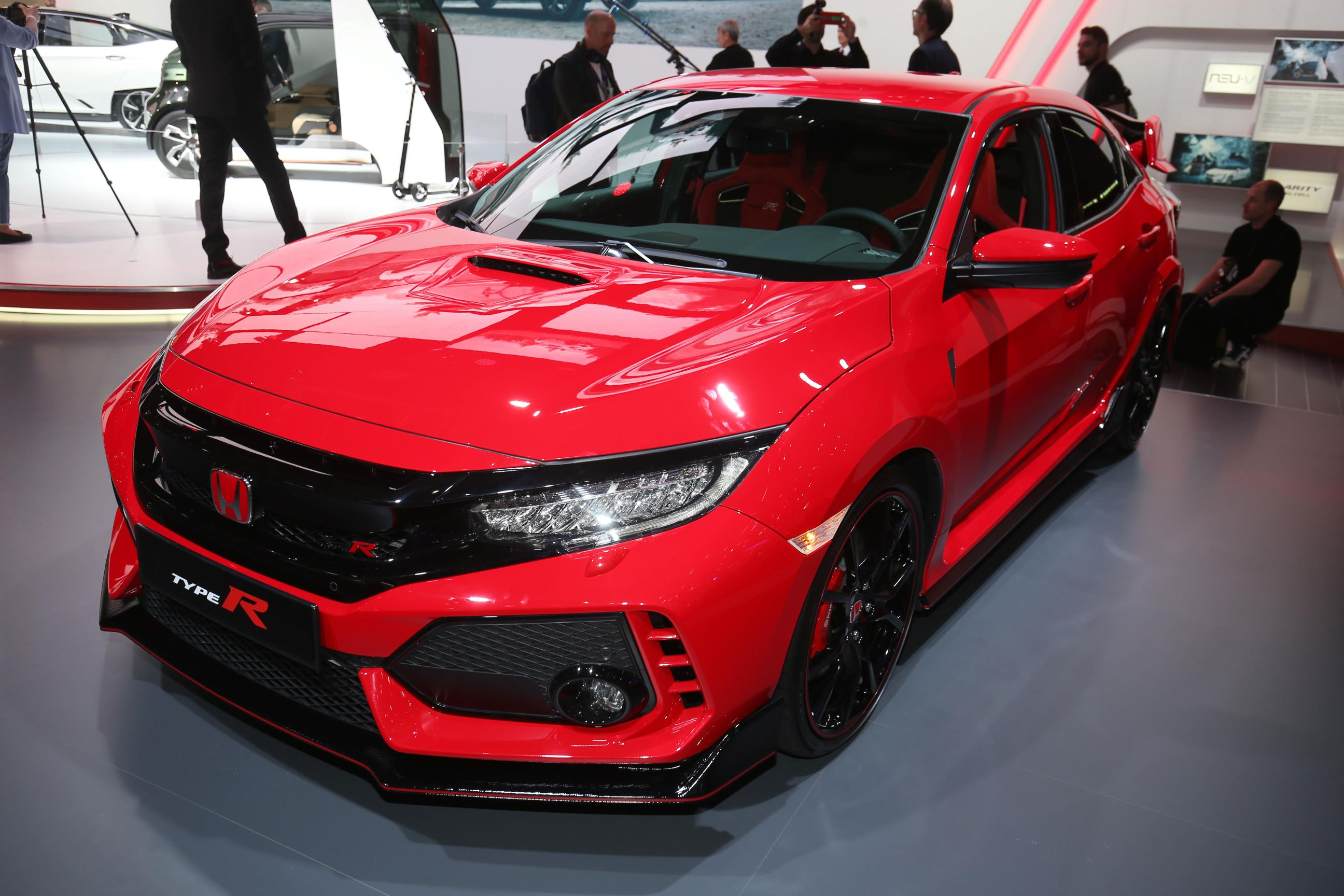 Honda Shows Off 2018 Civic Type R In Promo Video Exhaust
