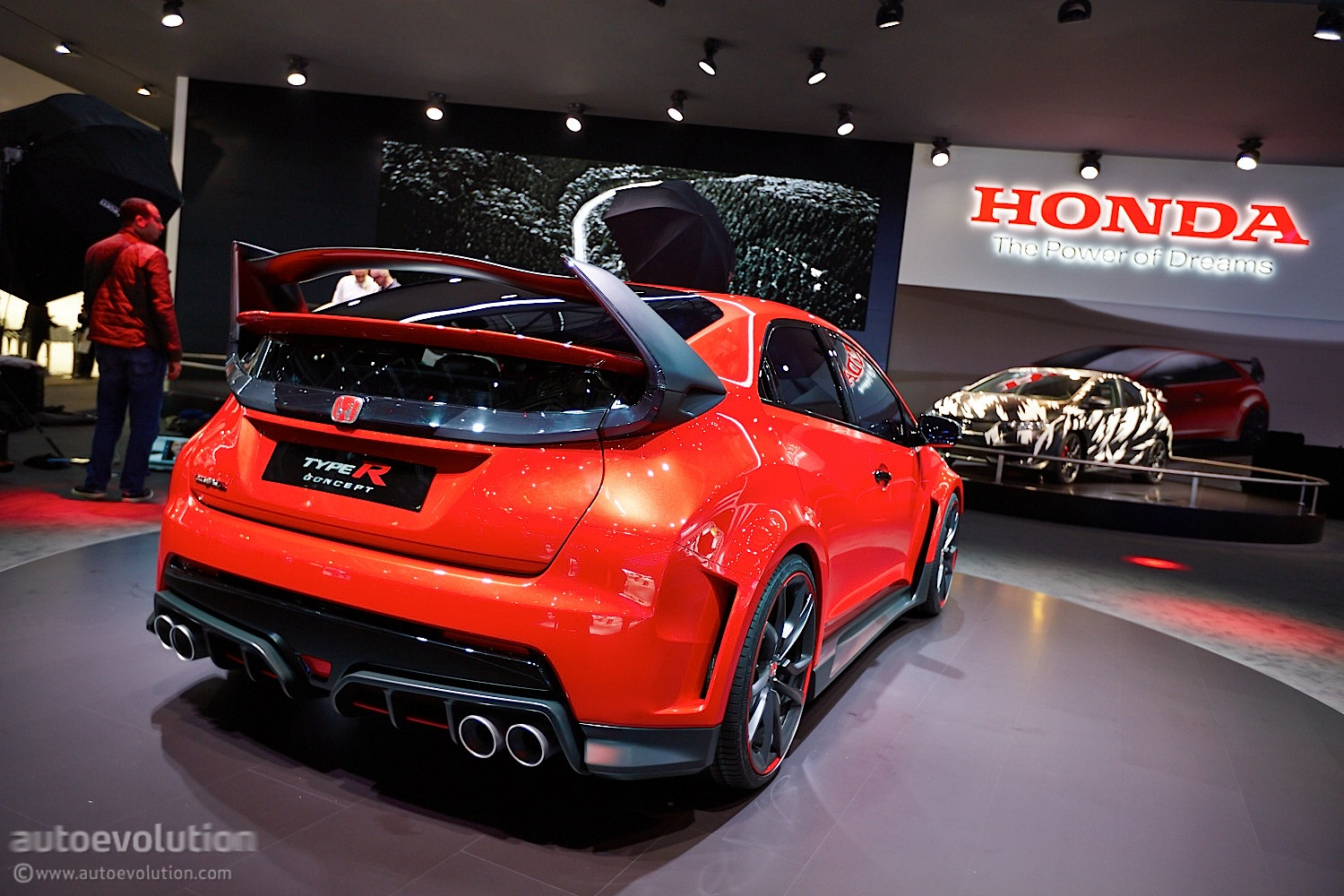 honda summons devilish new civic type r for the road. Black Bedroom Furniture Sets. Home Design Ideas