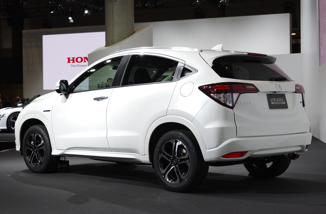 honda vezel revealed in japan is coming to the us live photos autoevolution. Black Bedroom Furniture Sets. Home Design Ideas