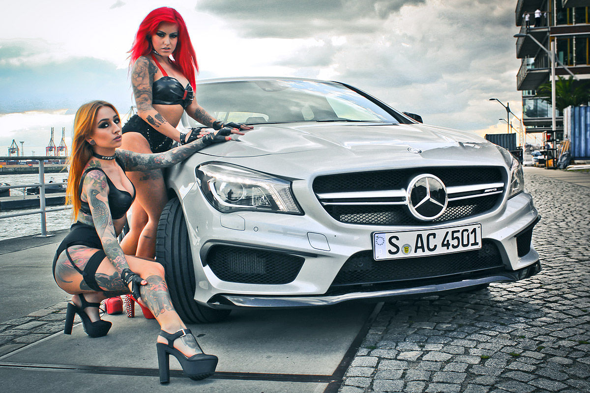 Salutations kissiennes. - Page 20 Hot-german-girls-bring-the-fire-to-mercedes-cla-45-amg-photo-shooting-video_5