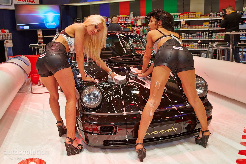 горячие моторы и горячие девушки