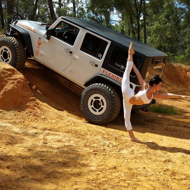 Hot Yoga Girl  bines Stretching With Jeeps And Its Inspiring Photo Gallery Video 96545