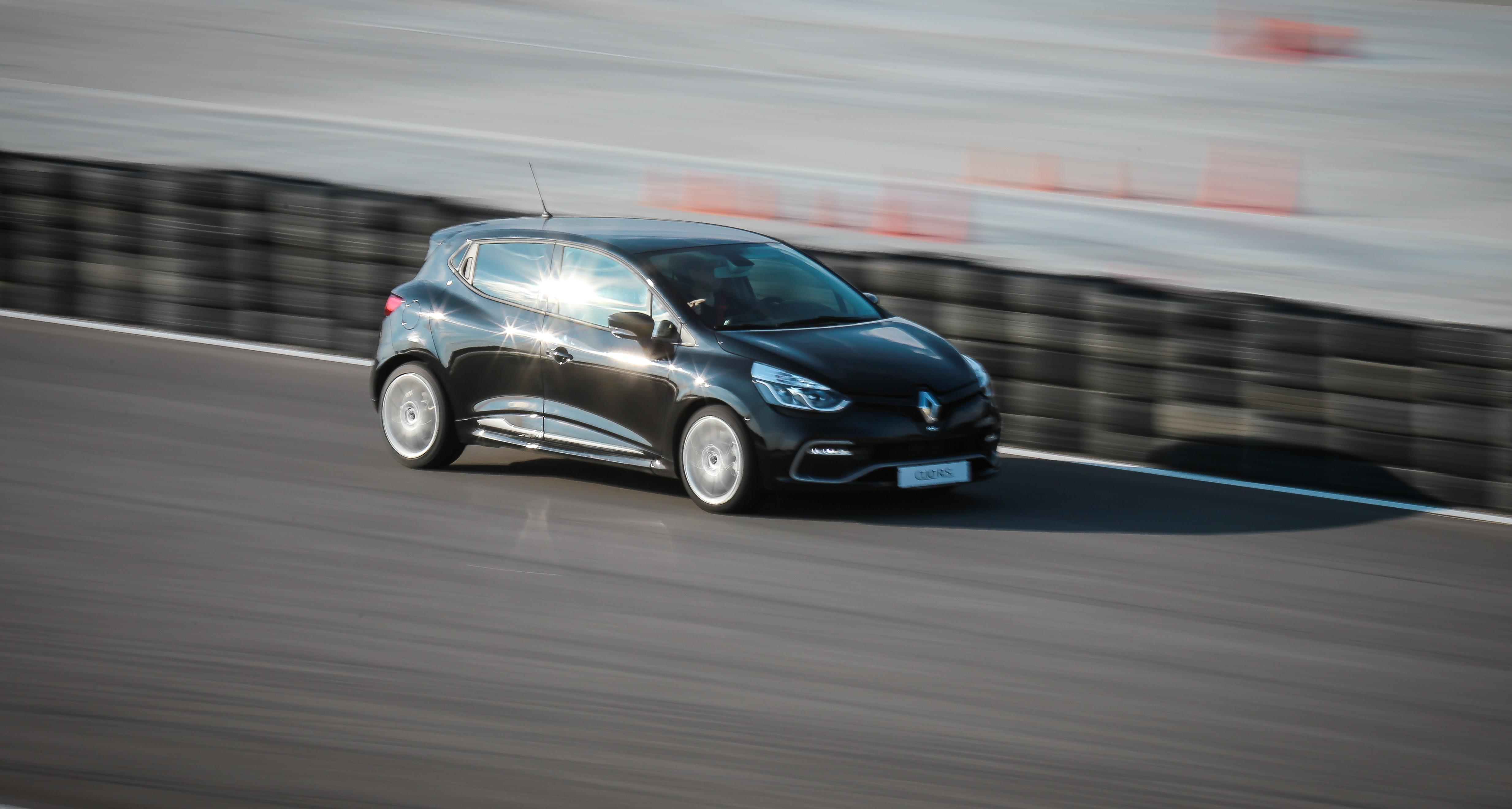 How A Renault Clio Cup Racecar S Abuse Taught Me The Clio