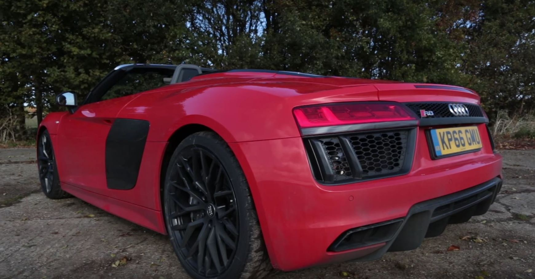 How Do You Rate The Audi R8 Spyder Roof Opening Mechanism
