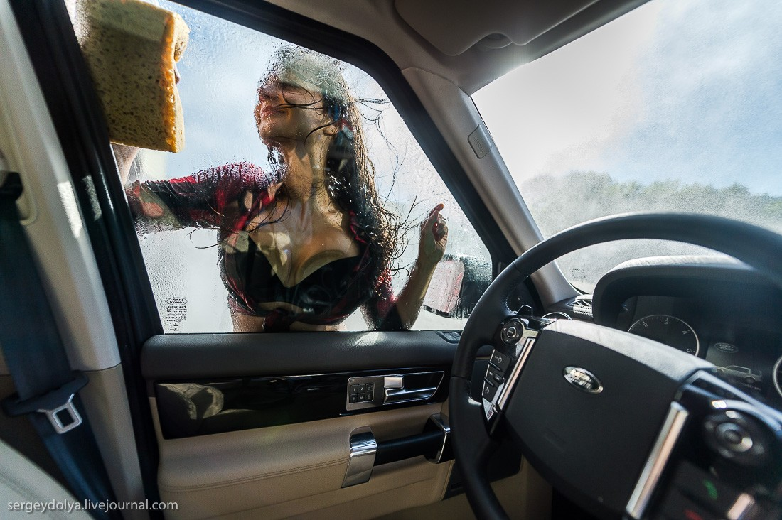 How To Wash A Land Rover Using A Fit Russian Brunette
