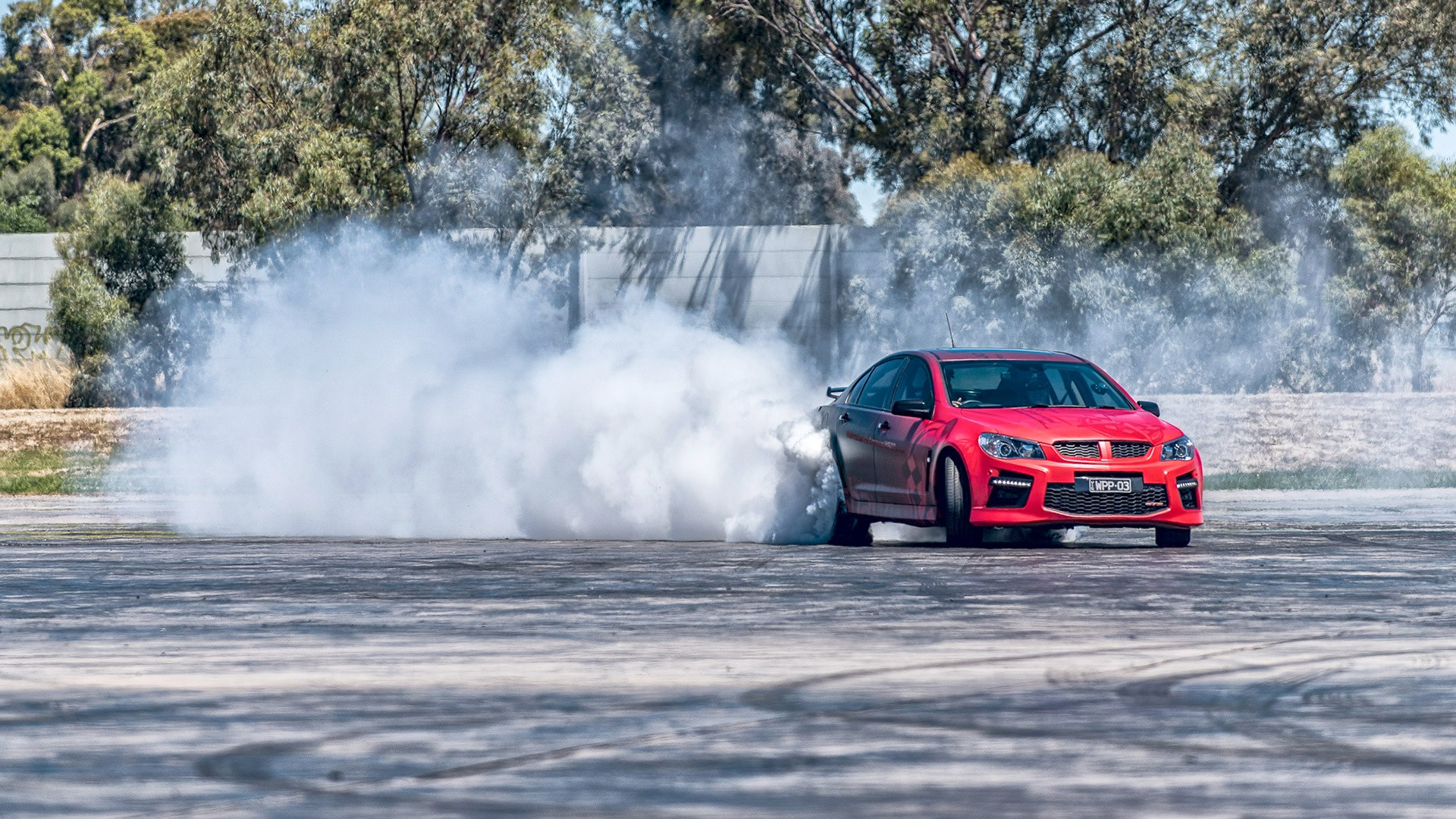 HSV GTS Walkinshaw Performance W507 Churns Out 680