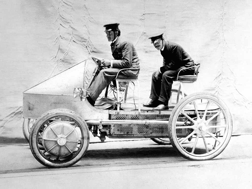 Hybrid Vehicles: a Short History of the Alternative Drive ...