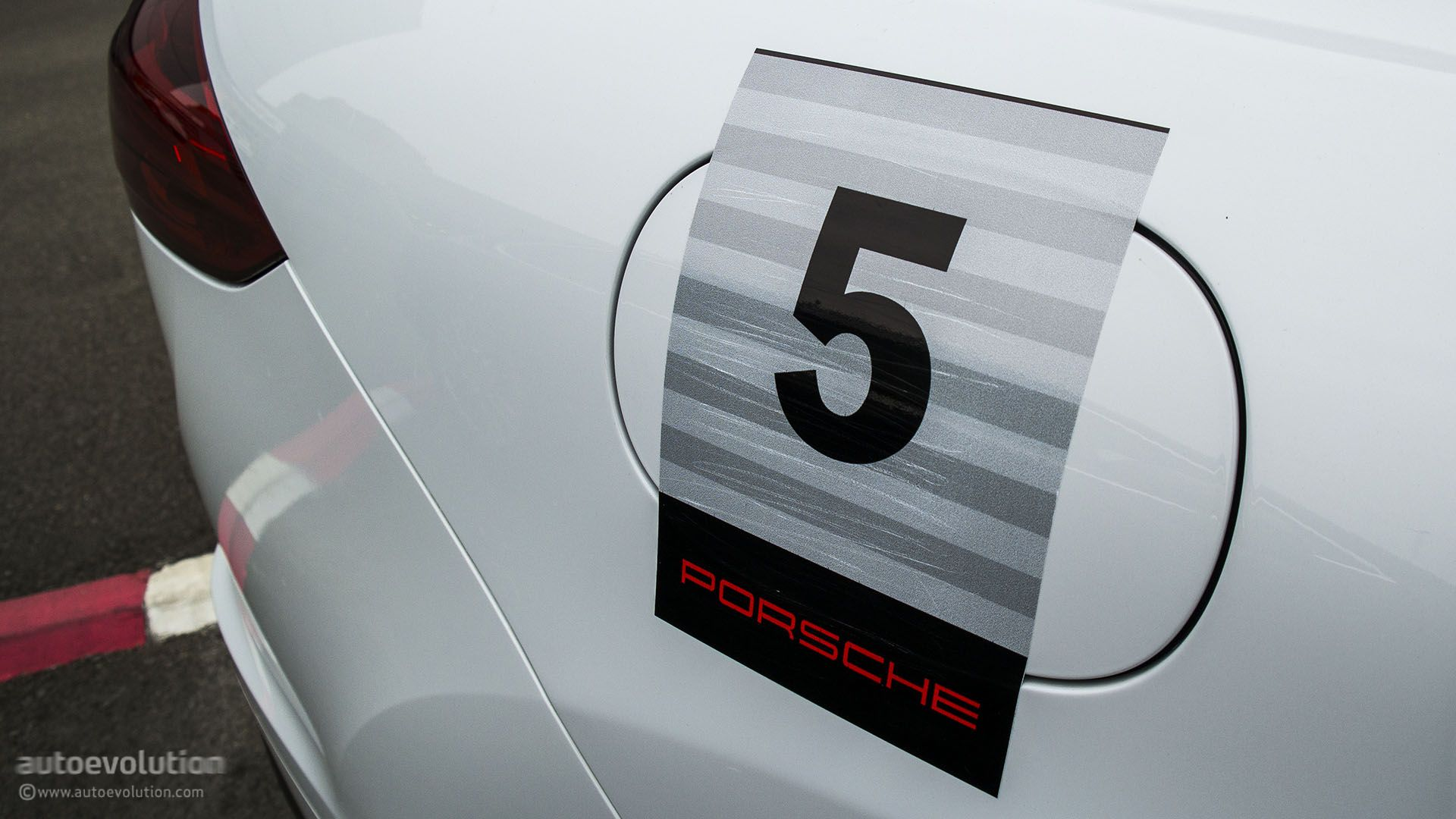 Hypermiling in a 2015 Porsche Cayenne Turbo - autoevolution