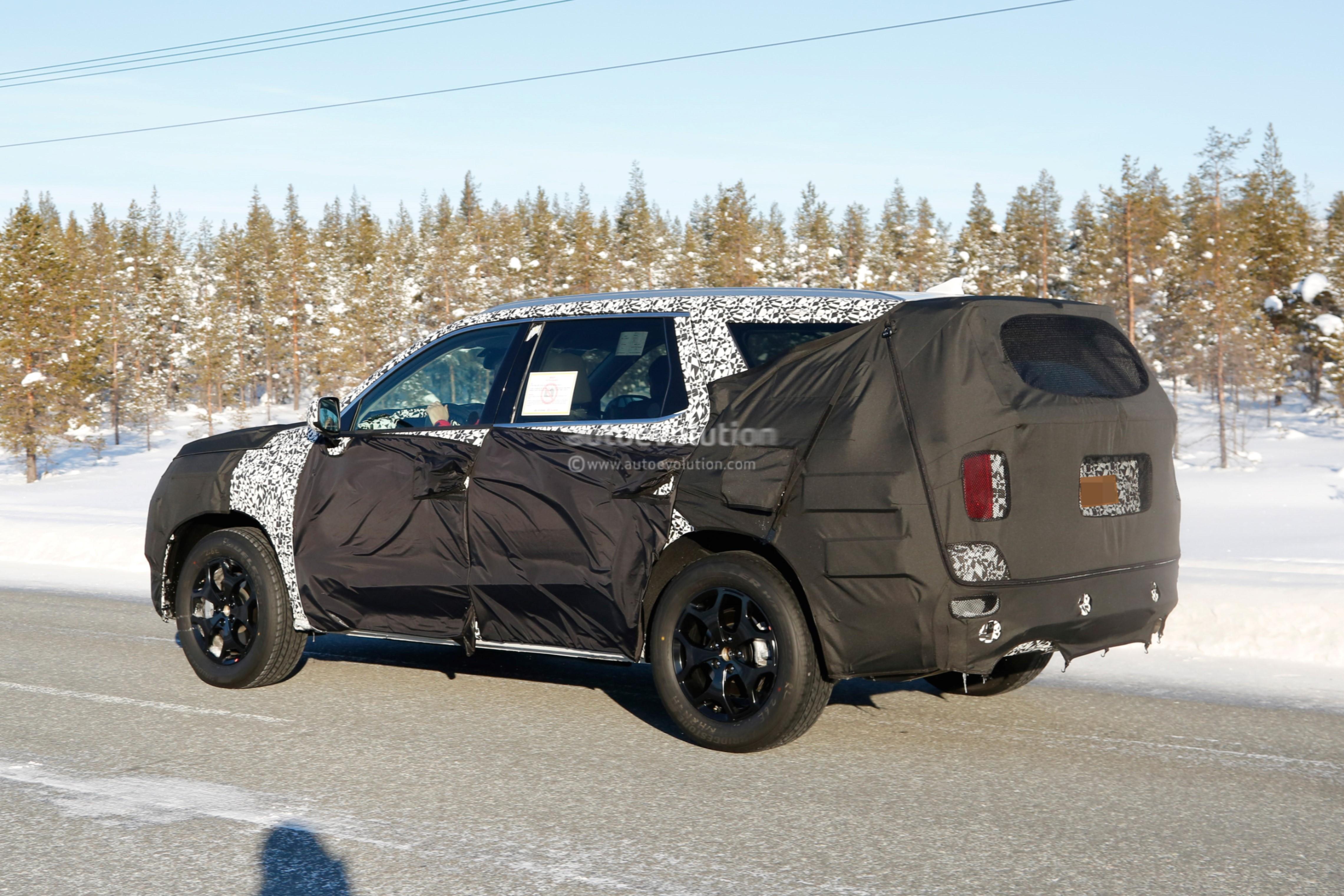 2020 Hyundai Large SUV Looks Massive In Latest Spy Photos ...