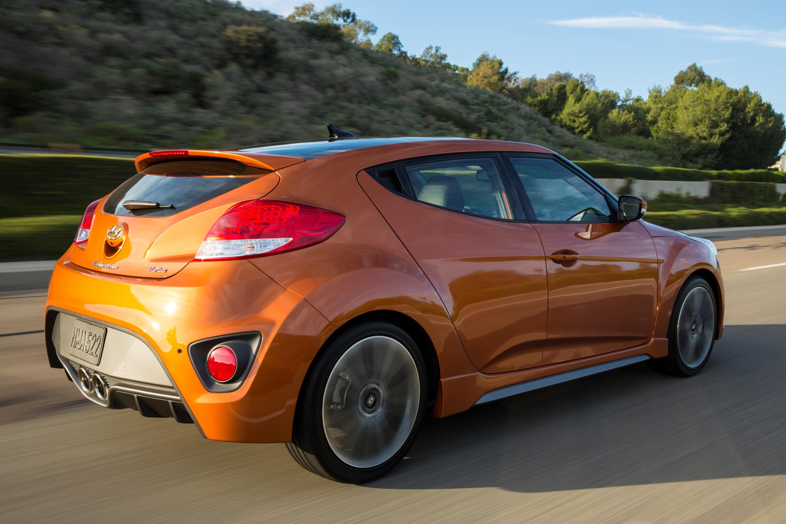 Hyundai Adds Value Minded Trim Level To The Veloster on 2000 Hyundai Elantra Climate Control