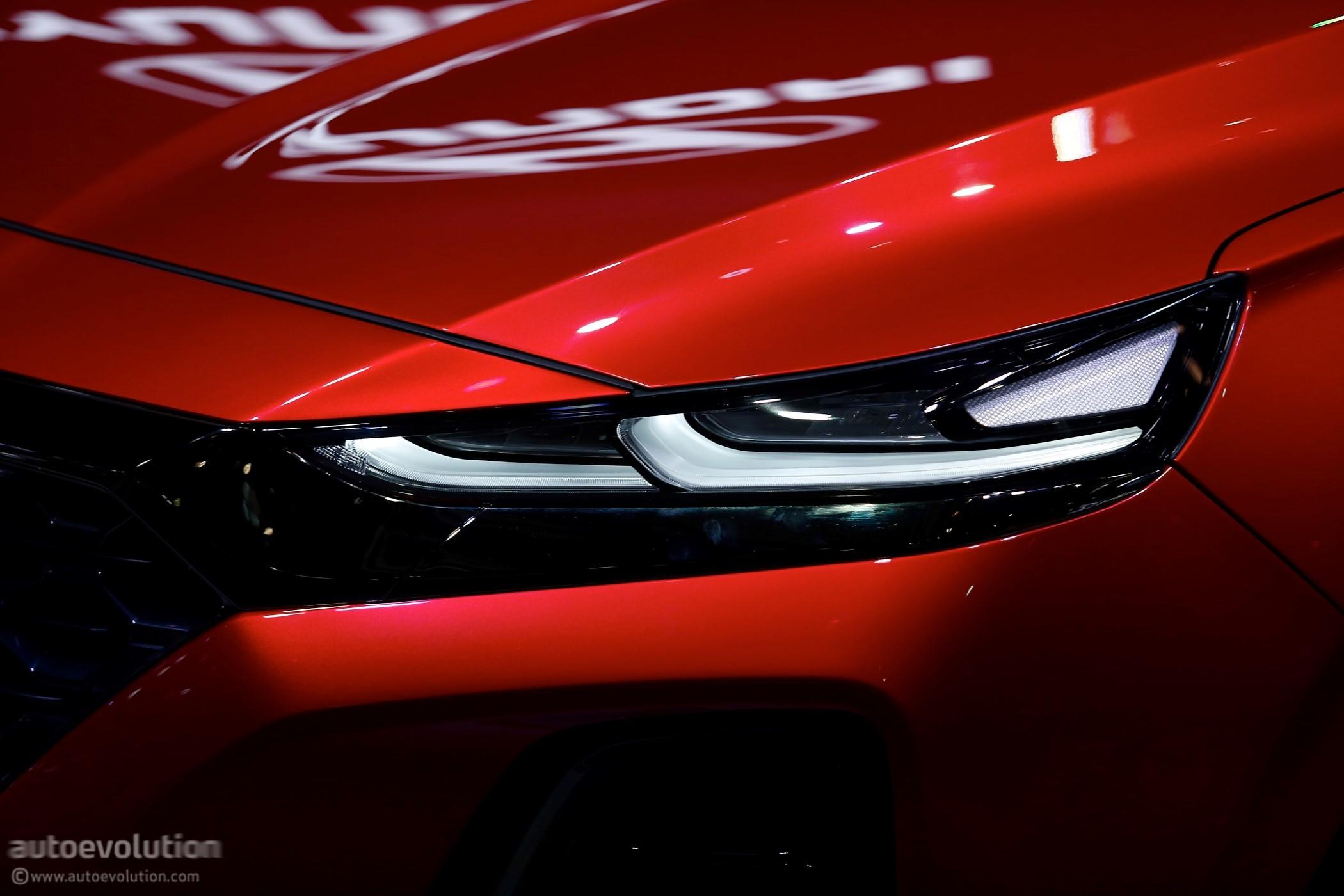 Hyundai Bringing New Santa Fe, Tucson Facelift and Kona EV