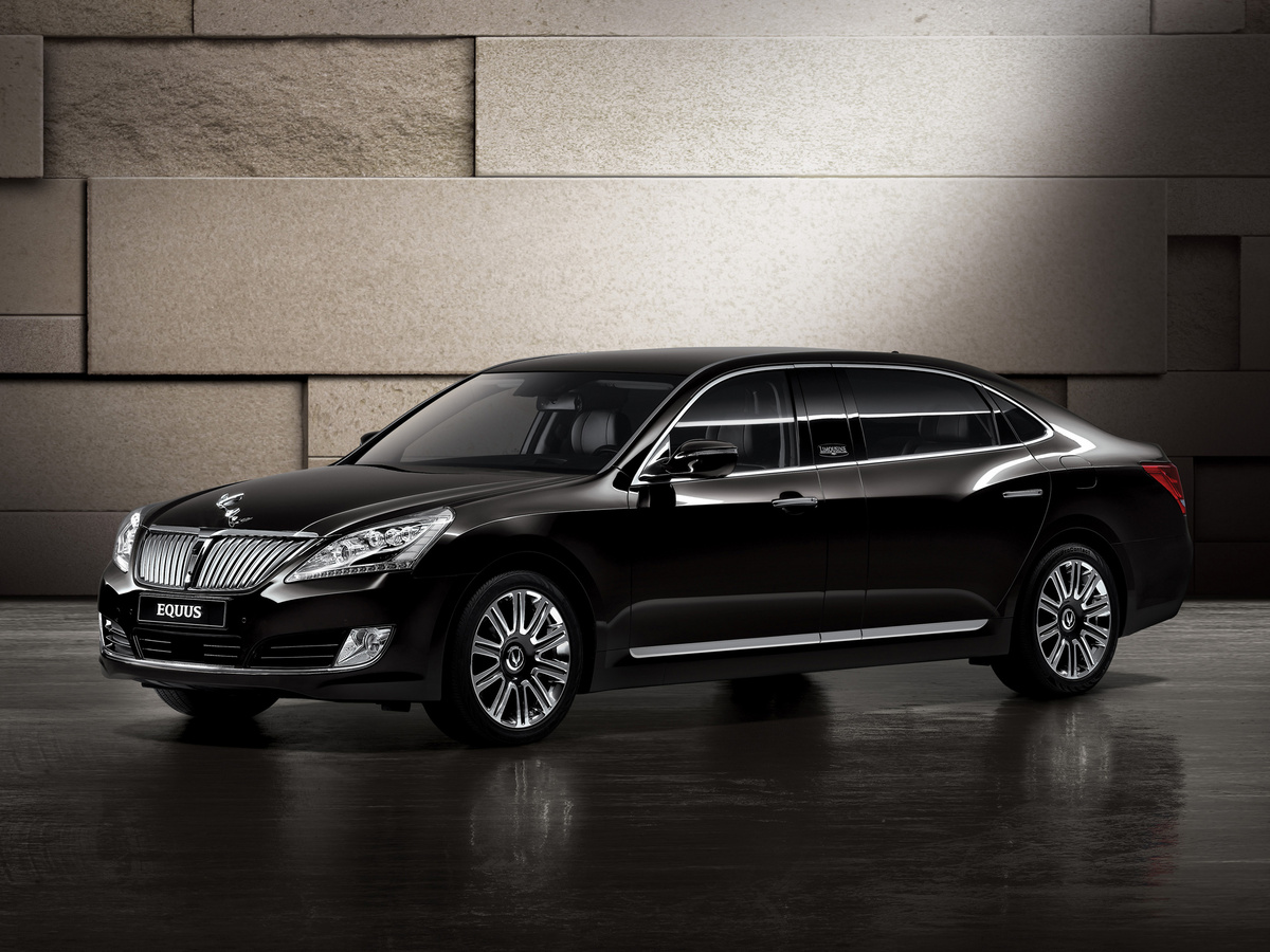 2008 - [Hyundai] i70 / i90 / Equus - Page 4 Hyundai-equus-limousine-to-debut-at-the-moscow-motor-show-photo-gallery_1