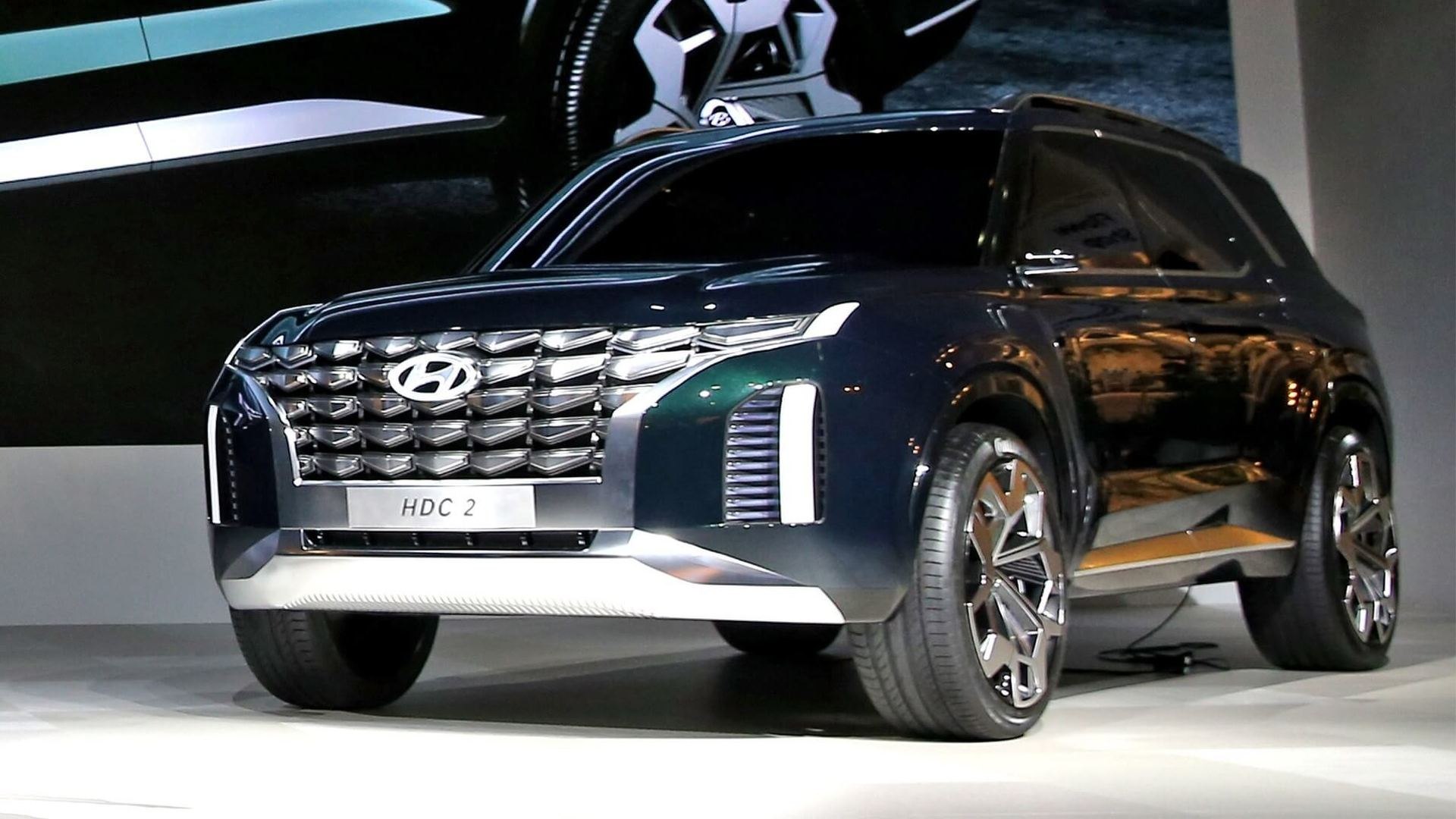 Hyundai Grandmaster Concept Looks Like a Preview For the ...